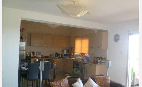 Resale two bed flat for sale in Agios Nicolaos Area in Larnaca