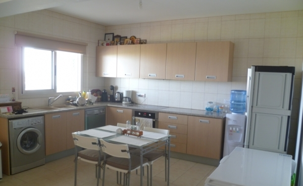 Three bed penthouse for sale in Larnaca