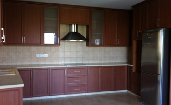 Three bed house for sale in Krasas larnaca