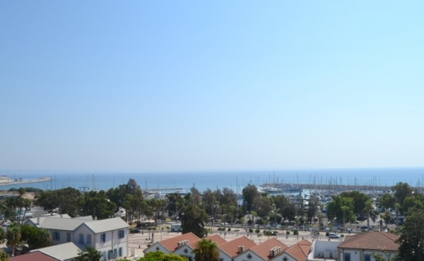 Three bed apartment near Phinkoudes Beach Larnaca for sale