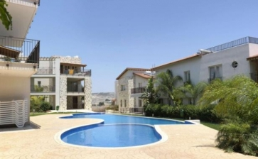 ML61592, REDUCED - Large three bed apartment for sale in Oroklini Larnaca