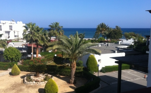 Two bedroom sea view apartment for sale in Meneou