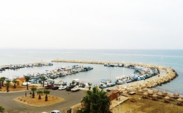 ML55291, RENTED - Sea front apartment for rent in Makenzie Larnaca