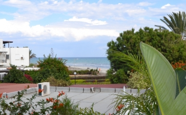 ML251, Two bed beach apartment for rent in Meneou