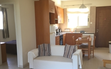 ML255, Two bedroom apartment for sale in Perivolia Larnaca