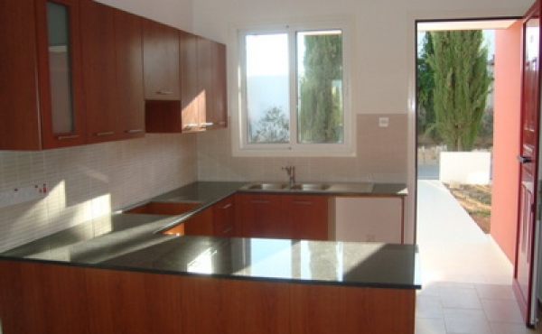 Bungalow for sale in Pervolia