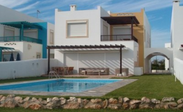 Beach front houses for sale in Pervolia Larnaca