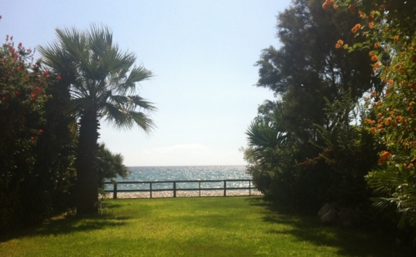 Beach house for rent in Meneou Larnaca
