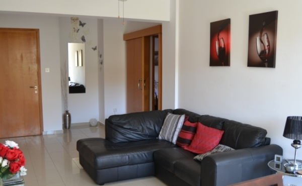 RENTED - Luxury apartment for rent in Tersefanou