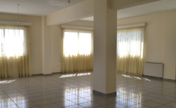 Large office for rent in Larnaca