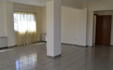 ML325, Whole floor apartment for rent in Larnaca