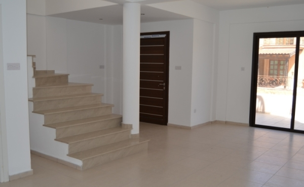 Three bed house for sale in Oroklini