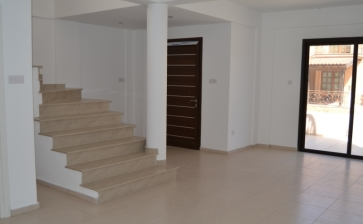 ML329, Three bed house for sale in Oroklini