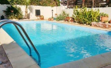 ML380, Two bedroom house for sale in Pervolia